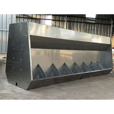 吉林猪用不锈钢食槽「旺农畜牧设备」小猪不锈钢食槽供应